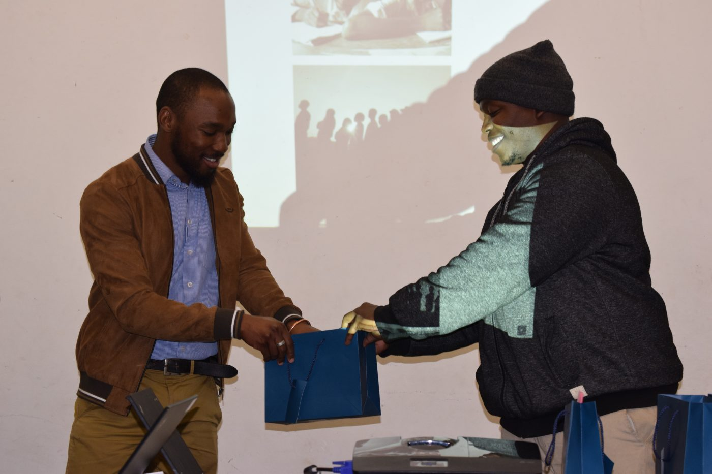 Presenting prizes for Leoma Monaheng